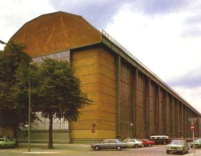 Fabrica de turbinas aeg behrens for Peter behrens aeg turbine factory